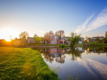 Home Buying: Pros and Cons of Golf Course Real Estate